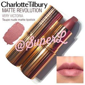 Charlotte Tilbury MATTE REVOLUTION Lipstick Nude